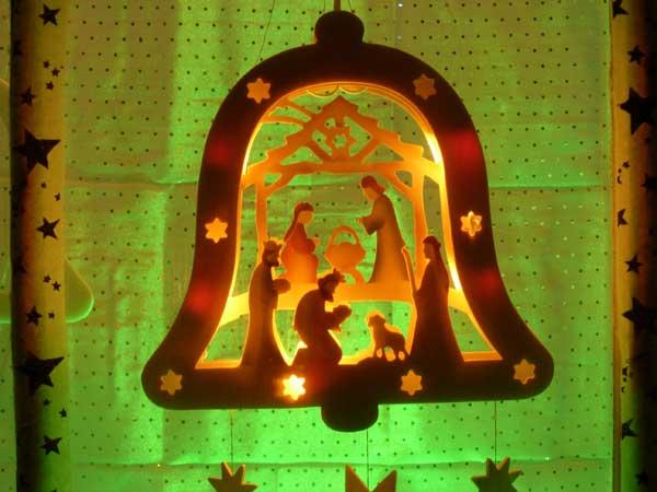 Souvenirs des fen tres de l 39 avent 2005 - Decoration fenetre de l avent ...